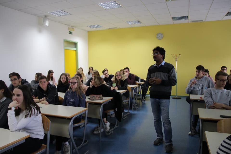 Indijski študent na obisku
